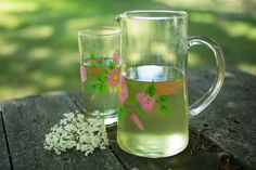 Summer Forage: How to Make Elder Flower Cordial Elder Flower, Cordial, Winter Solstice, Flower Making, Four Seasons, Flowers, Summer, How To Make, Snacks