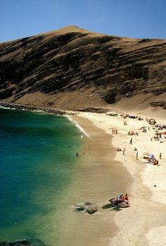Playa La Mina, Peru.