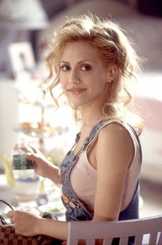 I LOVED Brittany Murphy!! I always thought she was super talented. It's too bad she never really got to show just how talented she was.