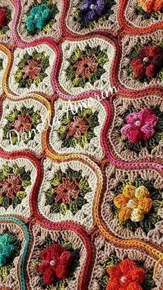 Transcendent Crochet a Solid Granny Square Ideas. Inconceivable Crochet a Solid Granny Square Ideas. Point Granny Au Crochet, Granny Square Crochet Pattern, Afghan Crochet Patterns, Crochet Squares, Crochet Motif, Crochet Flowers, Crochet Stitches, Knitting Patterns, Granny Squares
