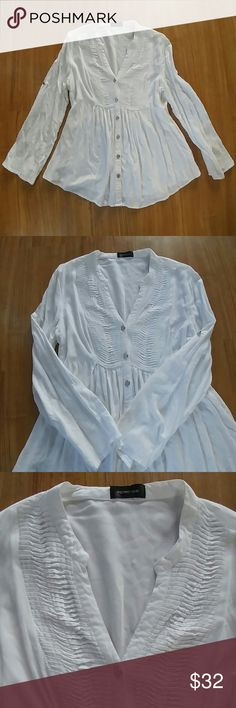 Spense white top/Price Firm Like new no stains only worn twice.100% Viscose Spense Tops Button Down Shirts