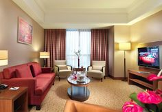 Our suite living room offers you a great place to work and relax. All of the suites in our Istanbul Marriott Hotel Asia have a panaromic city and Princes' Islands view. The rooms are inviting and comfortable with a smart and streamlined design.