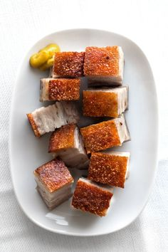 Servings: 4 as appetizer or 2 ~ 3 as rice-combo When you choose your pork-belly, it's important to pick the part where there's optimal layering of meat and fat. It goes without saying that the better quality of the pork, the more porkiness and aroma will be in... #cantonese #crackling #crispyskin