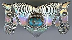 WONDERFUL VINTAGE NAVAJO INDIAN DOUBLE HORSE HEADS TURQUOISE PIN