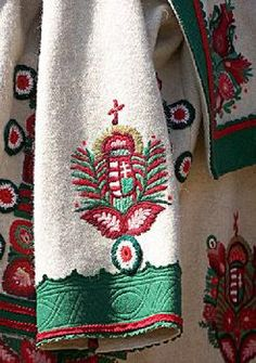Szűr with Hungarian coat of arms