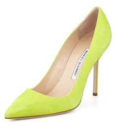 #ManoloBlahnik suede pointed toe lime #green pumps http://rstyle.me/~1Ou0X