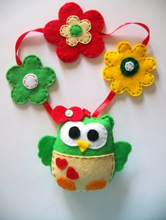 Owl and flowers garland for wall decoration (green, yellow, red) - Perfect for nursery decoration or birthday party/ baby shower. €18.00, via Etsy.