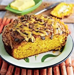 Pampoenpotbrood - Weg! Braai Recipes, Cooking Recipes, Sweet Chilli Sauce, South African Recipes, Cheddar, Banana Bread, Breakfast Recipes, French Toast, Veggies