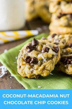 Meet the most perfect summer cookies! These coconut chocolate chip cookies with macadamia nuts are not only one easy cookie recipe, but everyone also loves these unique chocolate chip cookies. Easy Cookie Recipes, Best Dessert Recipes, Brownie Recipes, Vegan Recipes Easy, Easy Desserts, Baking Recipes, Sweet Recipes, Delicious Desserts, Bar Recipes