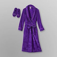 Best Robe and Slipper set ever! I was so impressed I wrote them a review on their site. Fast shipping and fantastic quality. Covington Women's Plush Robe and Slipper Set - Clothing - Intimates - Sleepwear & Robes