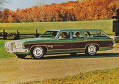 1970 Pontiac Executive Safari 4-Door Station Wagon