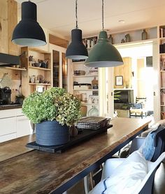 Interior Design Kitchen, Kitchen Decor, Modern Farmhouse Living Room Decor, Urban Kitchen, Piece A Vivre, Eclectic Decor, Traditional House, Home Fashion, Cheap Home Decor