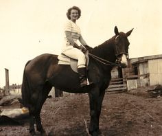 Dingo Lady: Berenice Walters - Gifted and Devoted Horsewoman