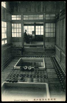 1910....KINOSAKI ONSEN.....WIKIPEDIA......