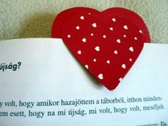 Kreatív ötletek anyák napjára: Szivecskés könyvjelző  http://www.hobbycenter.hu/Unnepek/kreativ-oetletek-anyak-napja-szivecskes-koenyvjelz.html#axzz2LcbHEtGO