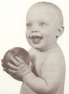 Goldie Hawn baby photo  http://celebrity-childhood-photos.tumblr.com/