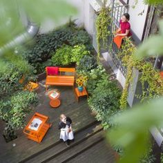 Hotel Schani Wien is a modern hotel near the central station with co-working in the lobby, trendy modern interiors and smartphones as room keys. Design Hotel, Vienna Hotel, Outside Seating, Hotel Concept, Hotel Website, Unique Hotels, Central Station, Open Fires, Co Working