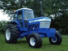 Ford TW-10. 79-83. 123 HP