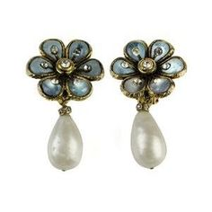 Chanel Vintage Floral Pearl Drop Earrings