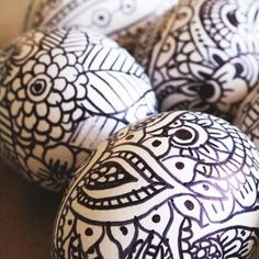 awesome idea! hollowed out eggs, use a sharpie - and used colored sharpies if you would rather.  doodle your heart out