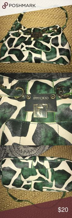Inspired purse. Cream and Green giraffe print Inspired purse super cute. Great condition. Bags Shoulder Bags