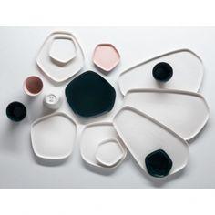 Iittala Iittala X Issey Miyake mini plate 11 x 11 cm, dark green | Iittala X Issey Miyake | Tableware | Finnish Design Shop