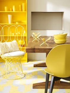 Love the sunshine yellow !  Re-Trouve by EMU