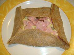 galette aux pommes de terre sauce curry. Tacos, Sauce, Ethnic Recipes, Food, Recipes, Essen, Meals, Yemek, Eten