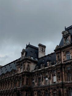 Last day in Paris Ig: pixel. Aesthetic Photo, Aesthetic Pictures, Aesthetic Dark, Artist Aesthetic, Travel Aesthetic, Photo Wall Collage, Picture Wall, Boarding School Aesthetic, Half Elf