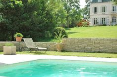 Evidence Guesthouse In the south of Burgundy and in the heart of the vineyards of the Côte Chalonnaise