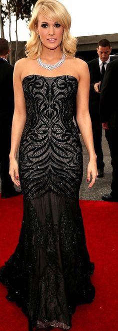 Carrie Underwood in Cavalli. omg i love that dress