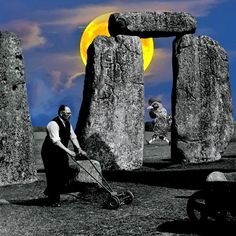 Meanwhile in Stonehenge. By Cane La Old Photos, Vintage Photos, Through The Window, Stonehenge, World History, Vintage Photography, Black And White Photography, The Good Place, The Past