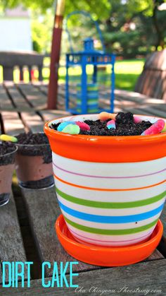 Dirt Cake in a planter!I love dirt cake.