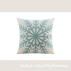 "$15   Geometric Art   Decorative Home Decor Pillow Cover   45x45cm 18""x18"" #homedecor #pillowcover #geometricart #geometrica #snowflake #throwpillows"