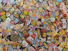 A grab / surprise bag of 200 flake stickers in 200 different designs. +++ As a bonus you will get two large flake sticker chosen at random. Stickers are from Japanese brand Q-Lia, Kamio, Crux, MindWav