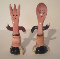 Vintage Fork and Spoon Salt and Pepper Shaker Set Salmon Pink 1950's