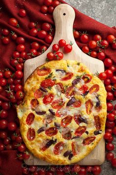 SCD Cherry Tomato, Olive & Thyme Focaccia Bread (*Substitute provolone cheese for mozzarella...)