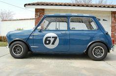 Blue Mini Cooper, Mini Cooper Classic, Classic Mini, Classic Cars, Fiat 500, Mini S, Cars And Motorcycles, Race Cars, Auto Mini