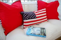 Patriotic Porch Pillows: How to make a pillow with piping by Between Naps on the Porch