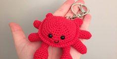 Scuttles the Crab Free Crochet Pattern • Spin a Yarn Crochet
