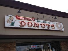 Donut Den in Nashville, TN - Reese Witherspoon's favorite doughnut shop, located next to Parnassus Books