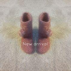 Crochet boots|Crochet Boots For Girls| Gorgeous crochet boots for winter season by elvihandmade on Etsy