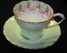 PARAGON-ENGLAND-GREEN-DAISY-MARGOT-WHITE-TEA-CUP-AND-SAUCER