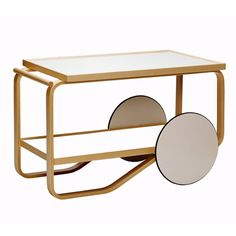 tea trolley 901 Design Alvar Aalto, 1936 Bent birch plywood, laminate Made in Finland by Artek Objects are made to be completed by the human mind. Alvar Aalto, Tea Trolley, Tea Cart, Trolley Table, Serving Trolley, Table Furniture, Modern Furniture, Furniture Design, Interior Exterior