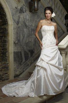 Fine Strapless Dipped Wedding Dress Appliques Wallpaper