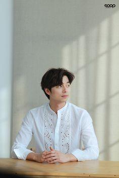 Hot Korean Guys, Korean Men, Hot Guys, Asian Actors, Korean Actors, Korean Dramas, Busan, Goblin Korean Drama, Goblin Gong Yoo