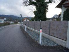 Niro Zaun mit Kunstoffplatten Füllung Sidewalk, Steel, Fence, Pictures, Side Walkway, Walkway, Steel Grades, Walkways, Pavement