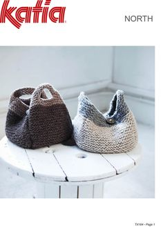 free knitting pattern for purse or bag using super bulky or super chunky yarn, 8 inches by 8 inches | Free purse knitting patterns More