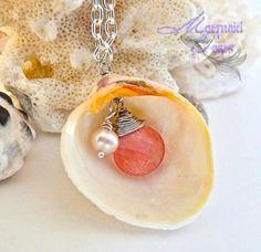 Hawaiian Seashell Necklace - mermaid inspired jewelry from Hawaii by Mermaid Tears. $25.00, via Etsy.