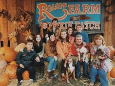 10+ Best Pumpkin Patches to Visit This Fall 2021 (with Photos) – Trips To Discover Little Women Dallas, Matt Roloff, Jeremy And Audrey, Roloff Family, Little People Big World, Best Pumpkin Patches, Pumpkin Farm, 19 Kids And Counting, Going On A Trip
